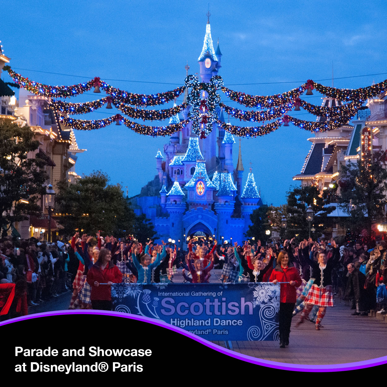 Parade and Showcase at Disneyland® Paris